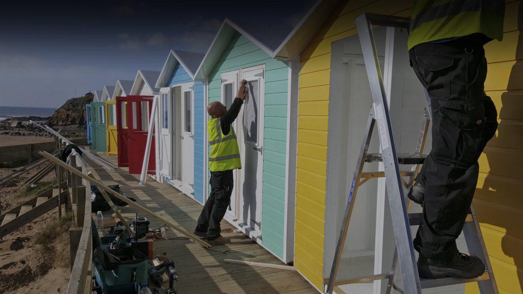 Beach_hut_timber_frame_install_Bude_iForm-1