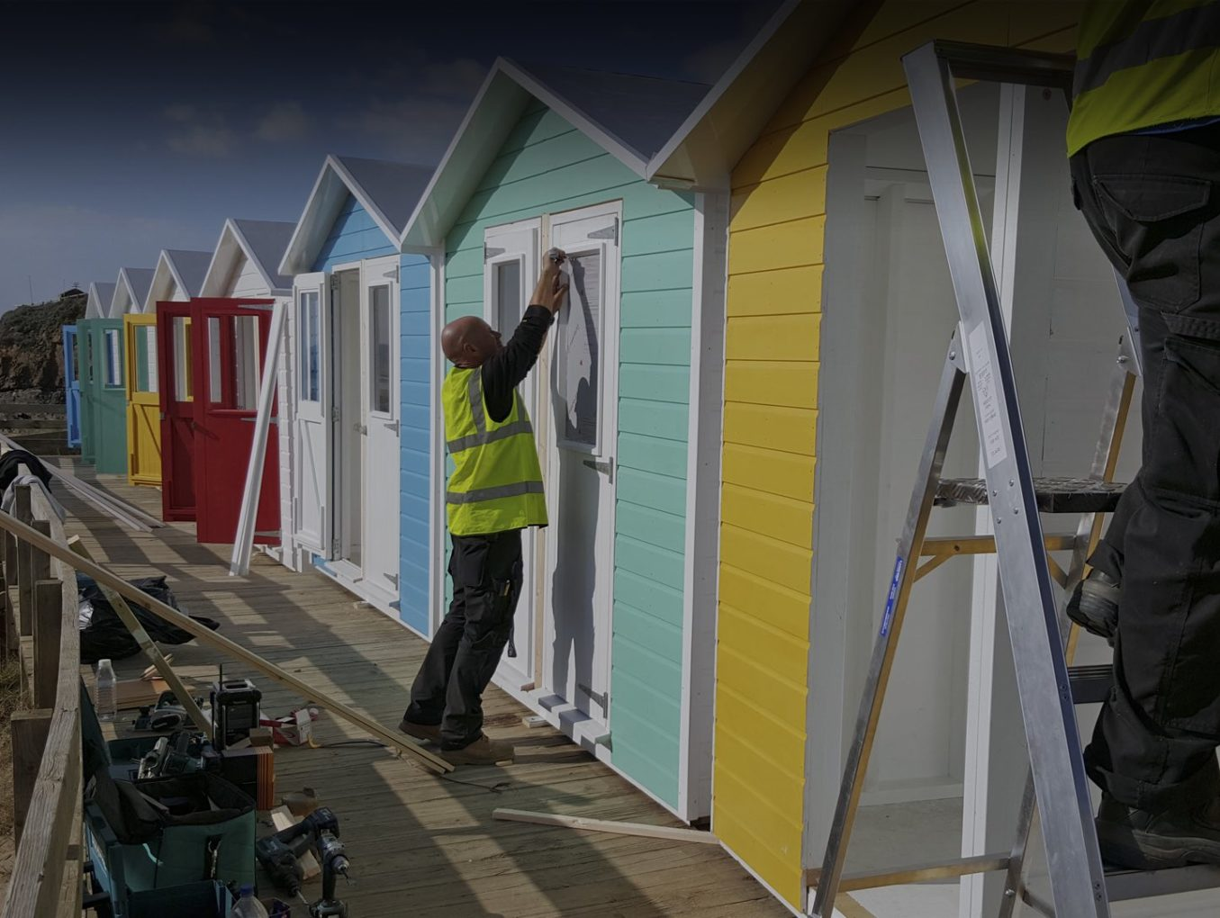 Beach_hut_timber_frame_install_Bude_iForm