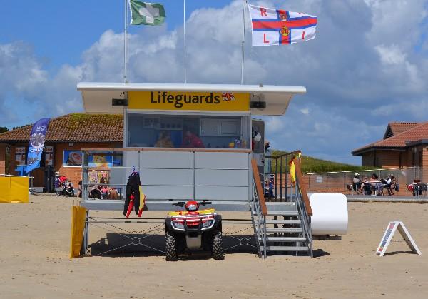 RNLI_LifeguardStation_SandbanksWest_05.06.14..._LOL