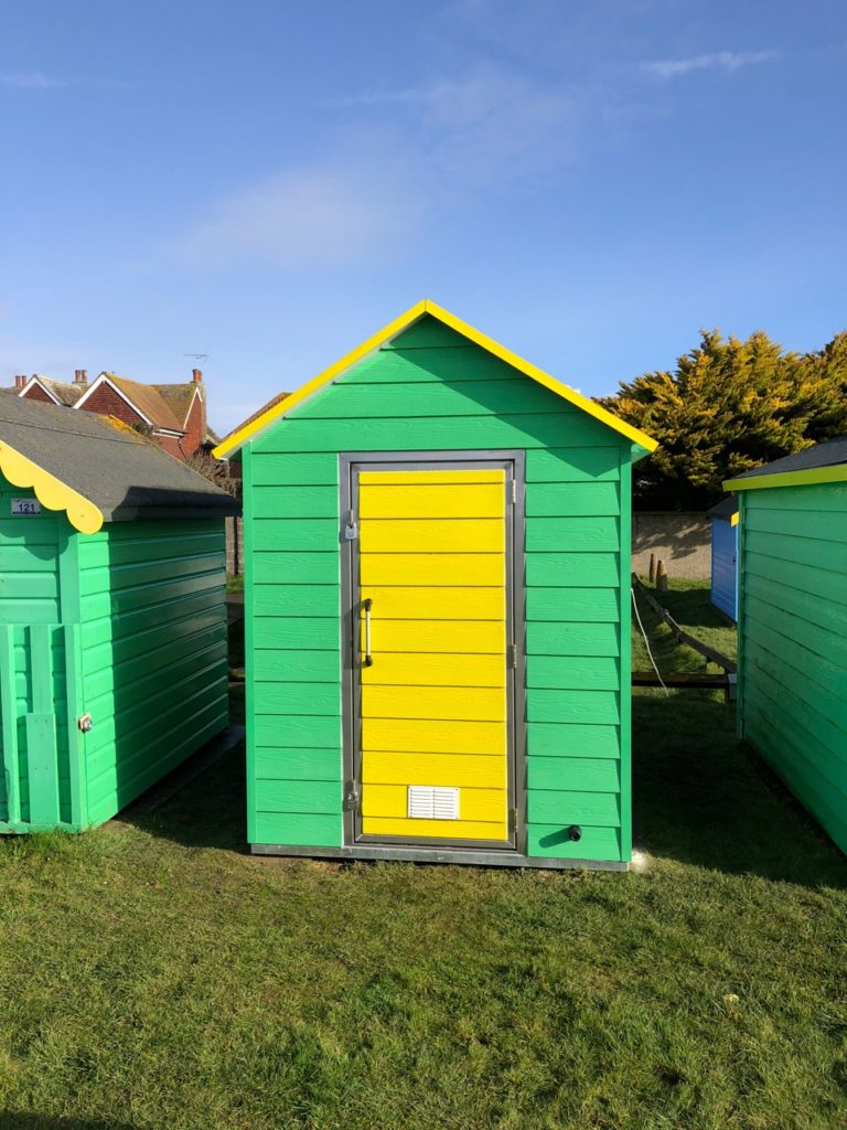 iForm Beach Hut