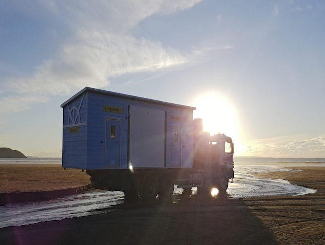 IFormUK_Beach_Huts_RNLI_Lifegaurd_20170322_175543a-1024x576